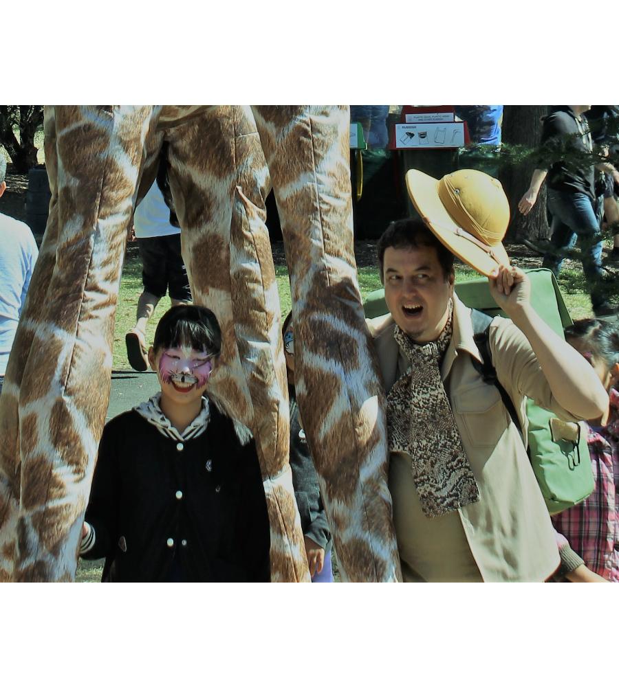 Gemma Giraffe Stilt Walkers Australia_soliq 12