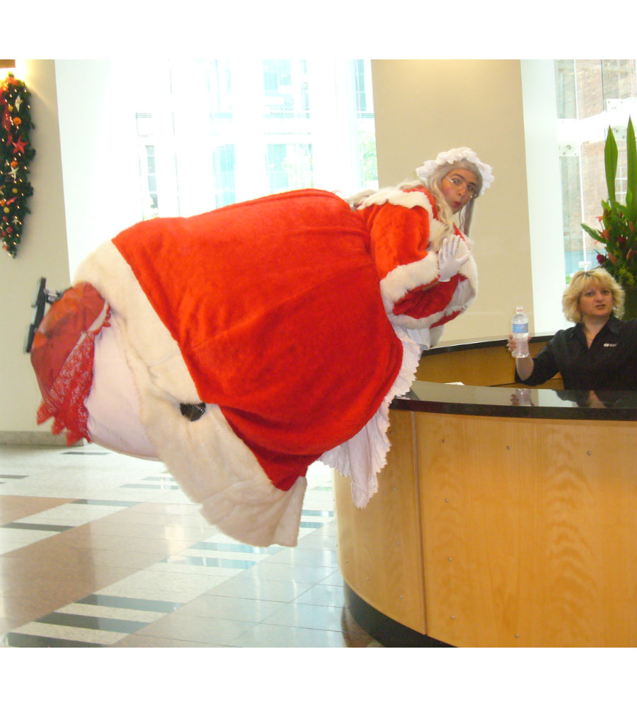 Giant Santa_Mrs Claus_soliq 3