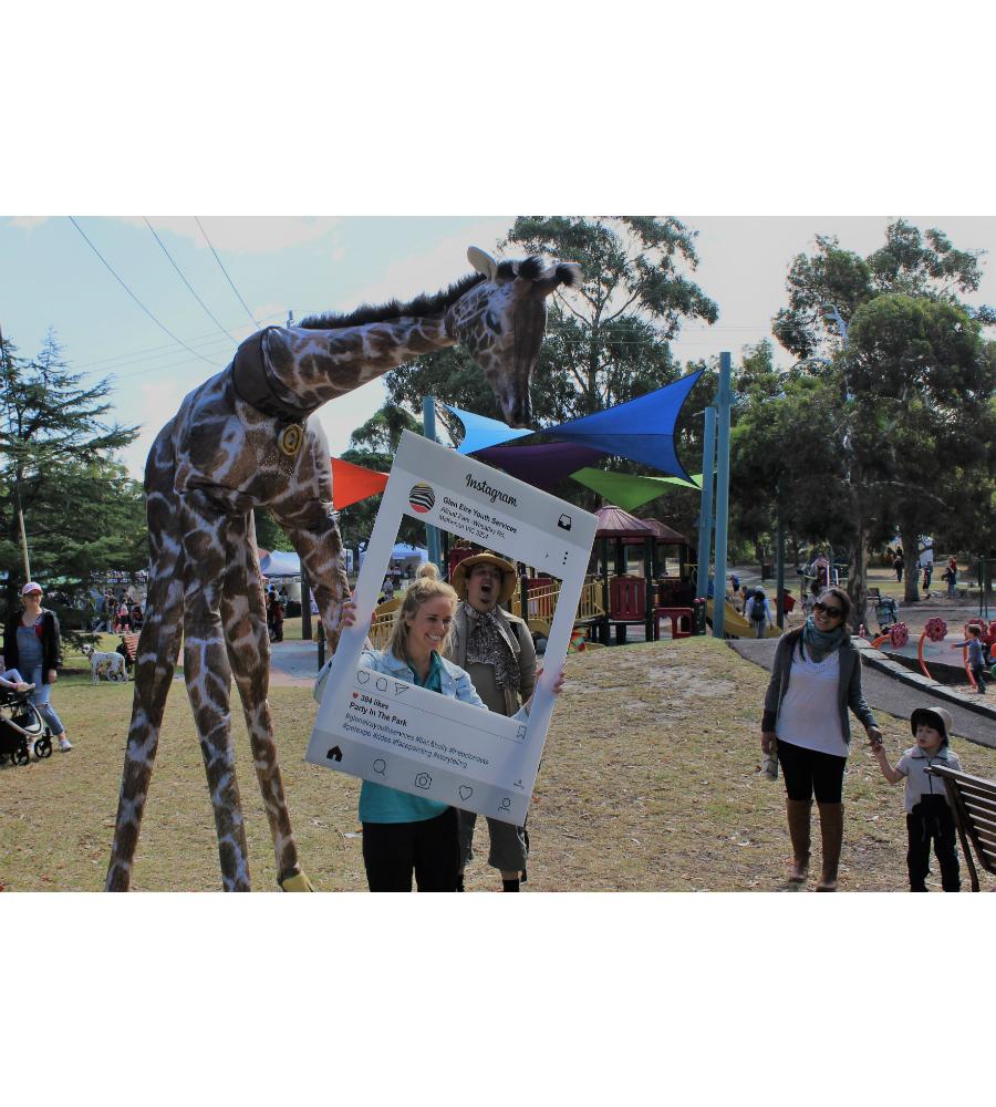Gemma Giraffe Stilt Walkers Australia_soliq 10