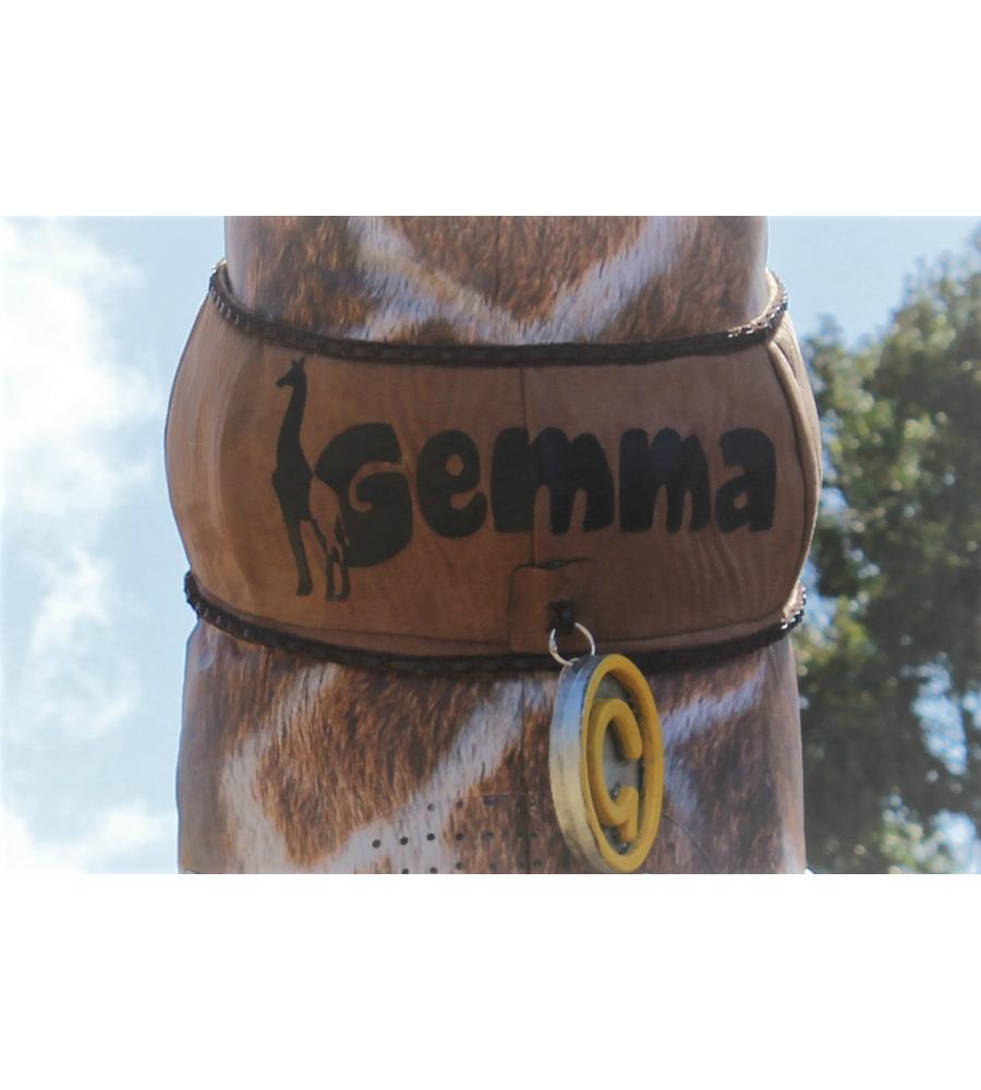 Gemma Giraffe Stilt Walkers Australia_soliq 3