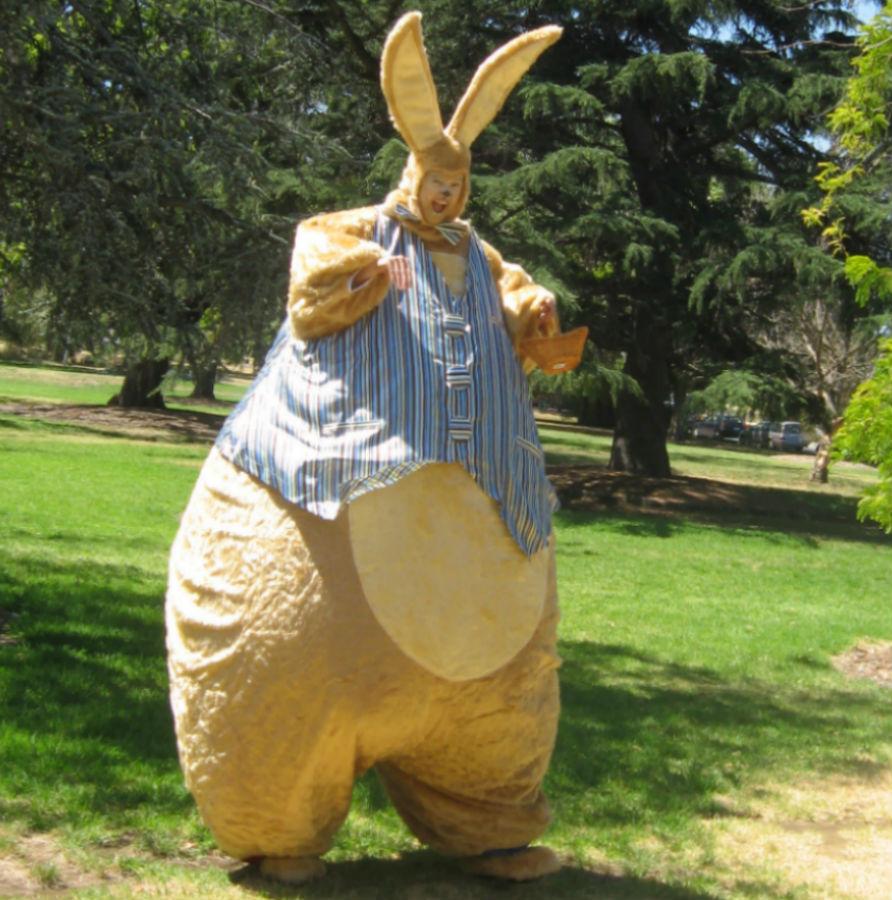 Giant Bunny_soliq_3