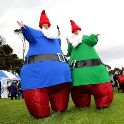 Gnomes stilt walker performance